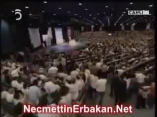 Necmettin Erbakan, bunlara oy vererek Cehenneme bilet alıyorsun(2007)