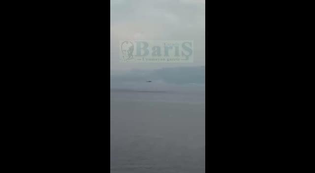Kocaeli Halıdere açıklarında helikopterin alçak uçuşu ve dakikalarca sabit durması merak uyandırdı