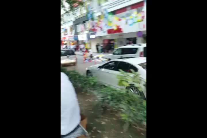 HDP'ye Kocaeli'de saldırı