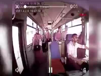 Kocaeli'de otobüsten düşen genç kız ölüme böyle gitti